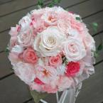 プリザーブドブーケ~No.8 淡いピンク:¥30,000(ブートニア、ケース・スタンド付き)/花材:プリザーブド(5種)