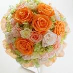 プリザーブドブーケ~No.14 オレンジとアプリコットで:¥28,000(ブートニア ケース・スタンド付き)/花材:バラ(6種) アジサイ カーネーション
