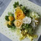 贈呈用アレンジNo.7~壁掛け:¥5,000/花材:壁掛けアレンジ サイズ(18×18)